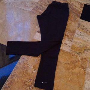 Nike youthXL 16/18 black/white swoosh elasticwaist